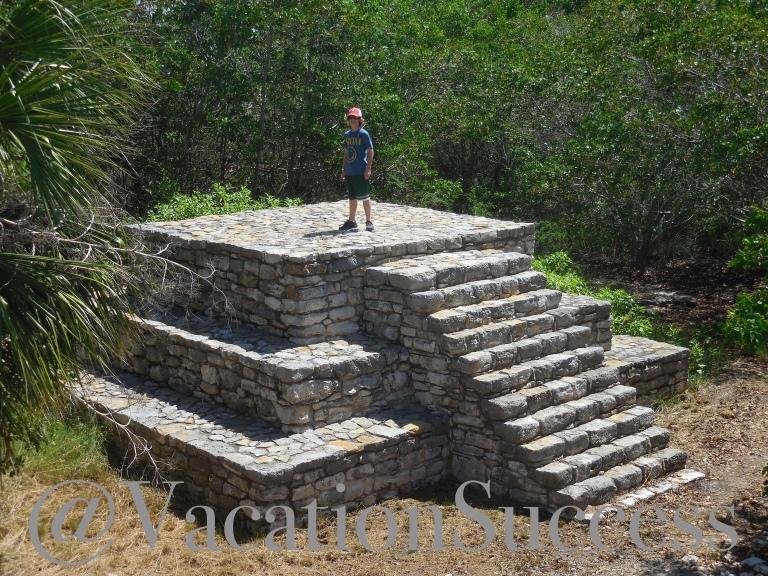 Xcampo Mayan ruin